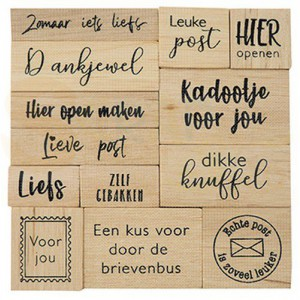 CS1075, houtstempel set Marianne Design, Kadopost (NL)