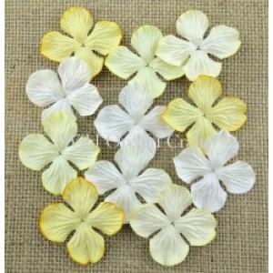 Bloemen mix white,cream, ivory hydrangra 2,5 cm MKX691